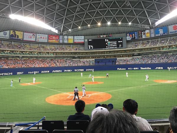 名古屋ドーム試合中